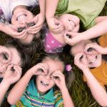 niños desarrollando sus habilidades sociales